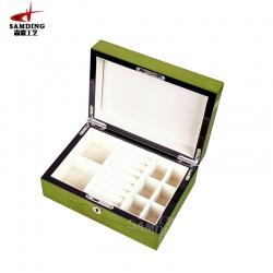 喷漆木质珠宝盒